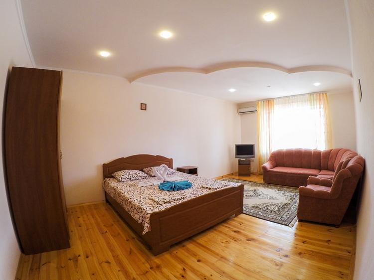 2-комнатный-люкс-с-балконом