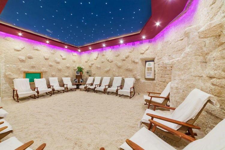 Санаторий «Таврия» все включено в Евпатории: соляная пещера
