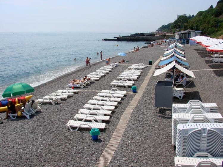 """Спа-отель """"Море"""" в Алуште: пляж"""